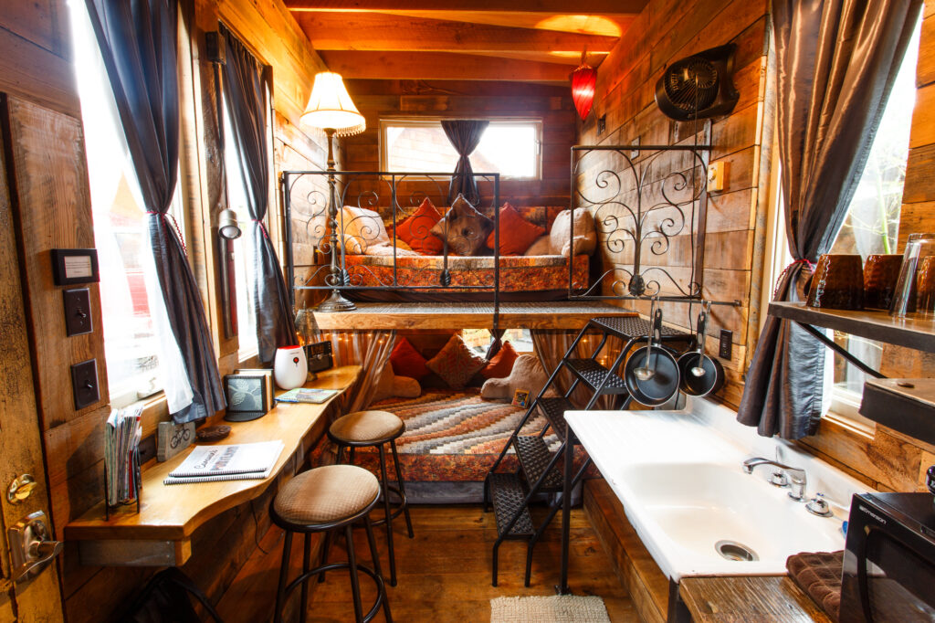 Great Tiny Home Office Solutions