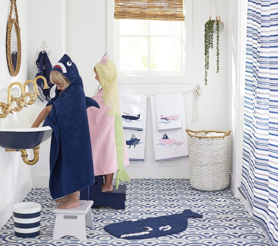 7 Ideas For A Fun And Functional Kids Bathroom Remodel Straight Line Design Remodeling