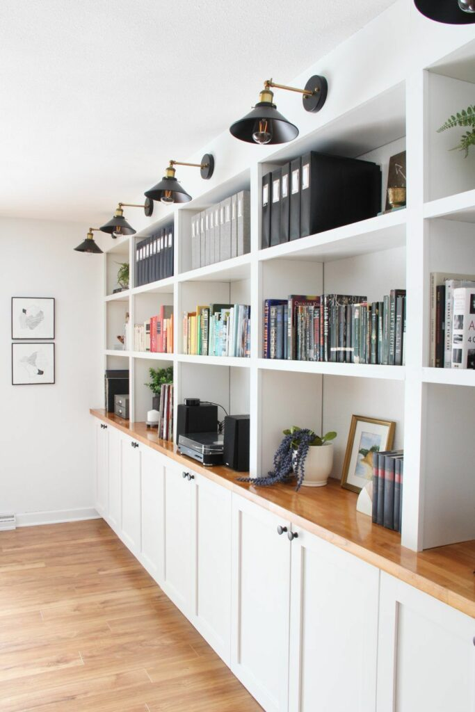 example of tiny home or adu built in shelving
