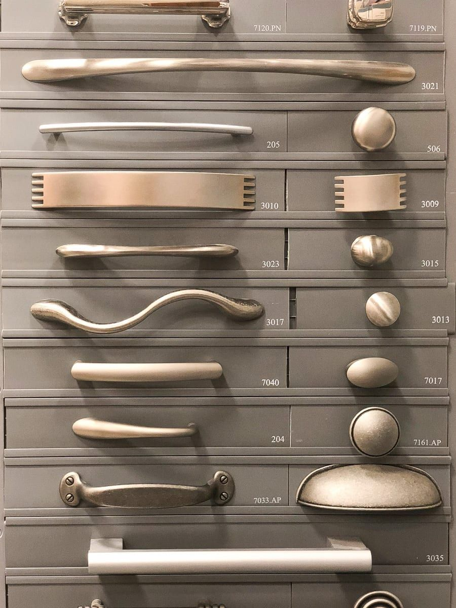 example of drawer and cabinet pulls for a kitchen remodel